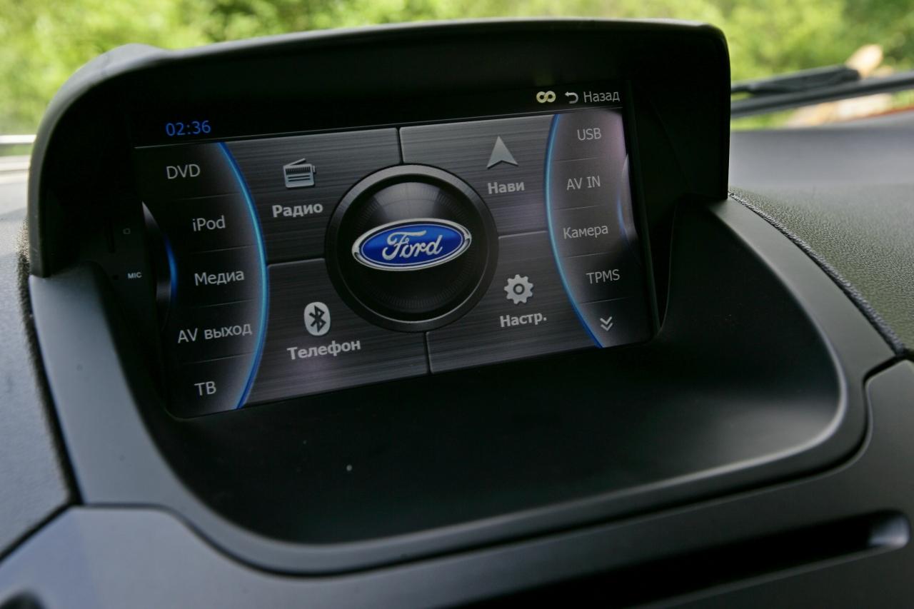 Ford_EcoSport_vs_Skoda_Yeti_25.jpg