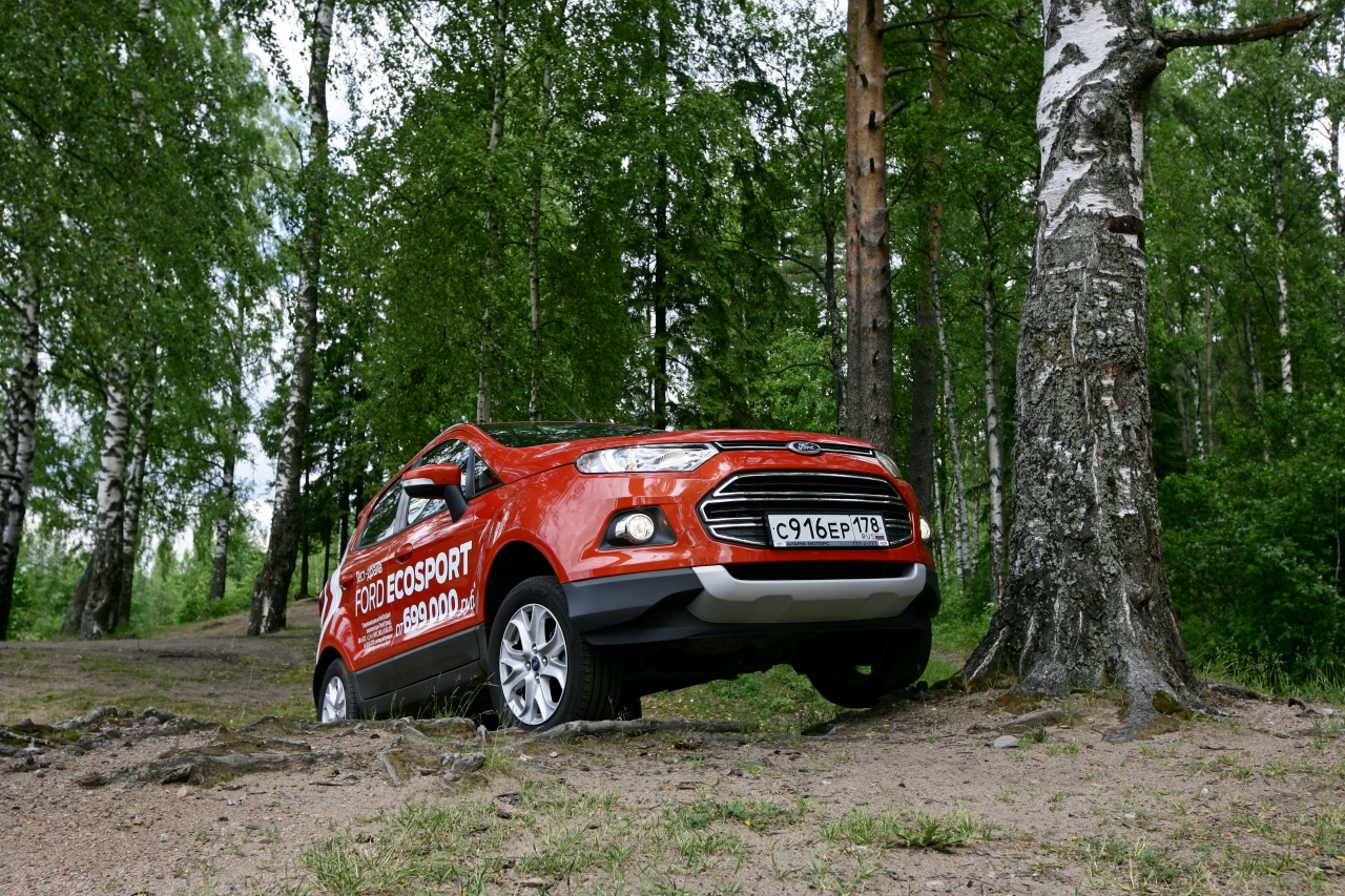 Ford_EcoSport_vs_Skoda_Yeti_36.jpg