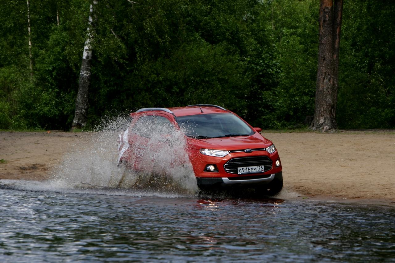 Ford_EcoSport_vs_Skoda_Yeti_40.jpg